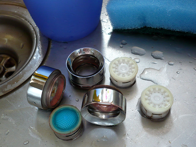 perlator am wasserhahn entkalken ⋆ heimwerkeraktuellde ~ Wasserhahn Entkalken Ohne Abschrauben