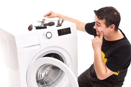 Haushaltsgeräte und Elektronik vom Fachmann anschließen lassen