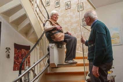 Treppenlifte – barrierefreie Bewegung im Haus