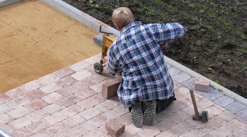 Gartenwege planen und anlegen