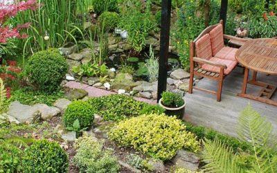 Den Garten vom Balkon per Wendeltreppe erreichen