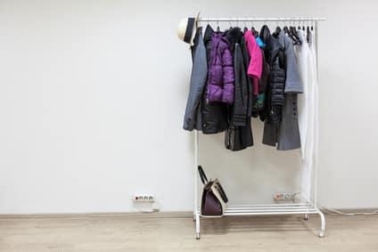 Einfacher Garderobenständer
