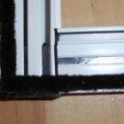 Sauber verschraubte Eckverbinder