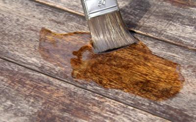 Das Gartenhaus richtig streichen – was gilt es zu beachten?