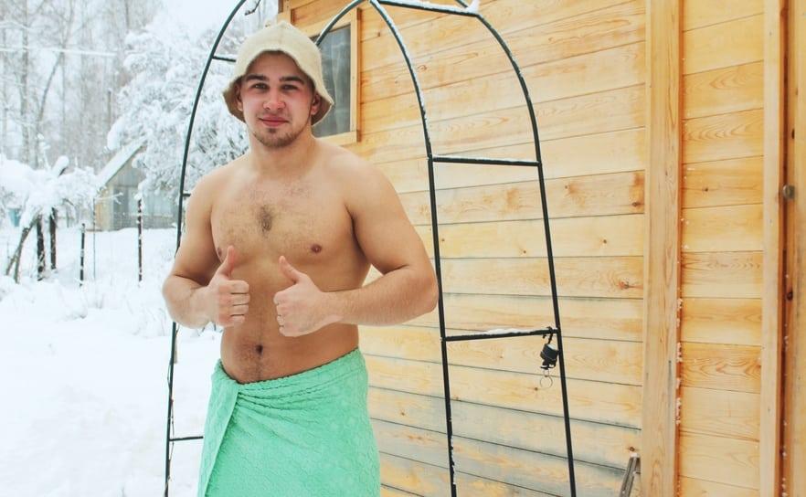 Eine Sauna im Freien bauen: Alles, was Sie wissen sollten