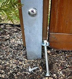 Schlüsselschraube oder Schloss-Schraube für Holzpfosten?
